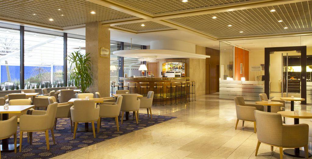 Hôtel de charme 4 étoiles avec bar et espace restaurant