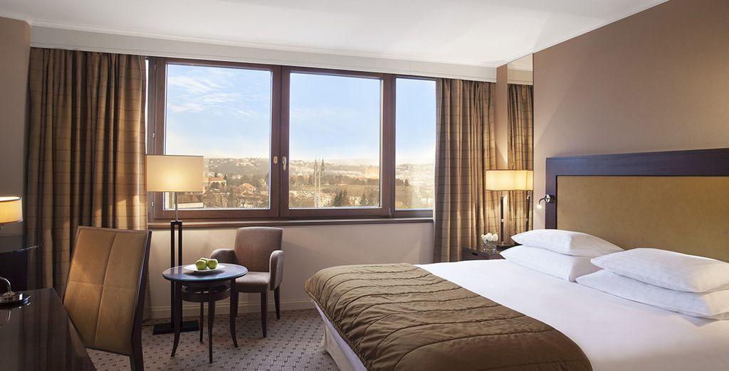 Hôtel Corinthia Prague 5* haut de gamme avec chambre double tout confort et vue panoramique sur la capitale de la République Tchèque
