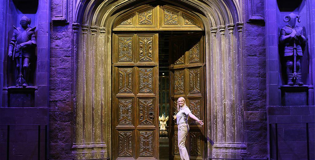 Entrez dans la Grande Salle aux Studios Harry Potter