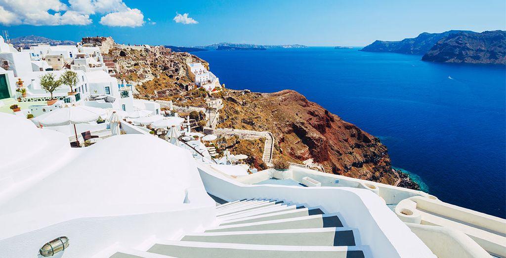 Santorin, île paradisiaque et animée