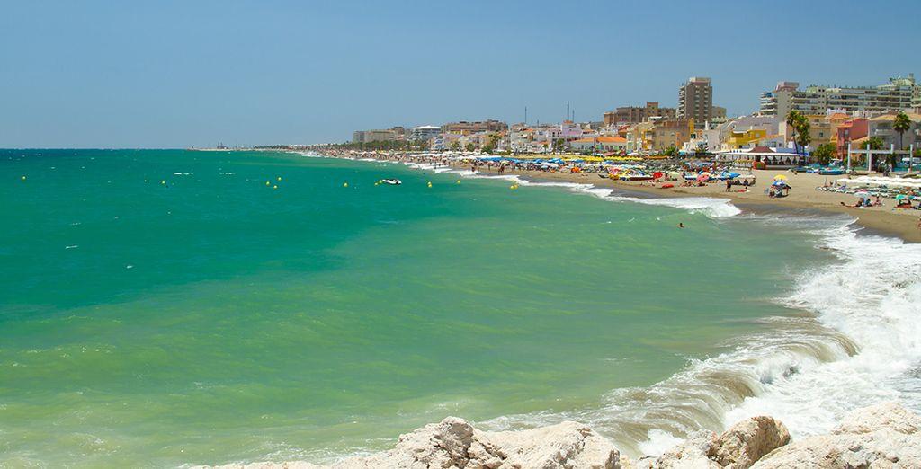 Ainsi que la plage de Playamar qui ne se situe qu'à quelques mètres de l'hôtel