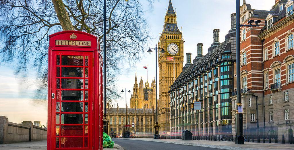 Les célèbres cabines téléphoniques rouges et le Big Ben de Londres