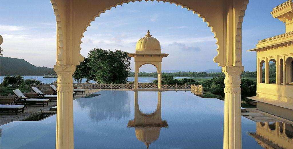 Vous vous rendrez ensuite à Udaipur au Oberoi Udaivilas 5*