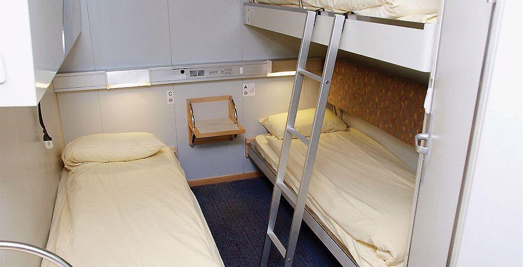 Reposez-vous dans votre cabine privative et réveillez-vous en Angleterre