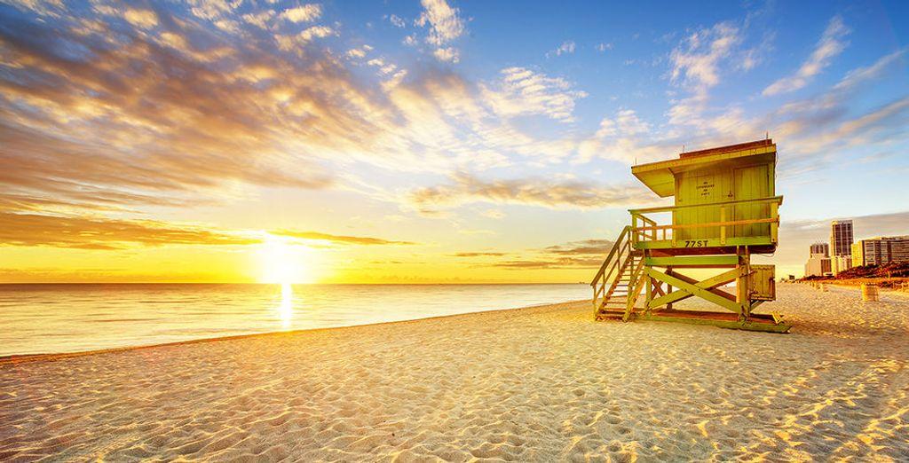 Foulez le sable fin de ses somptueuses plages