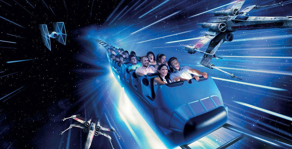 Tandis qu'ailleurs dans le parc, Star Wars prend le contrôle de Space Mountain
