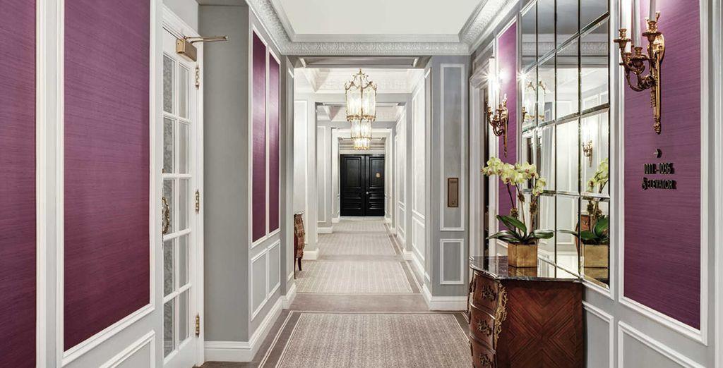 L'hôtel possède un design et des finitions des plus raffinés