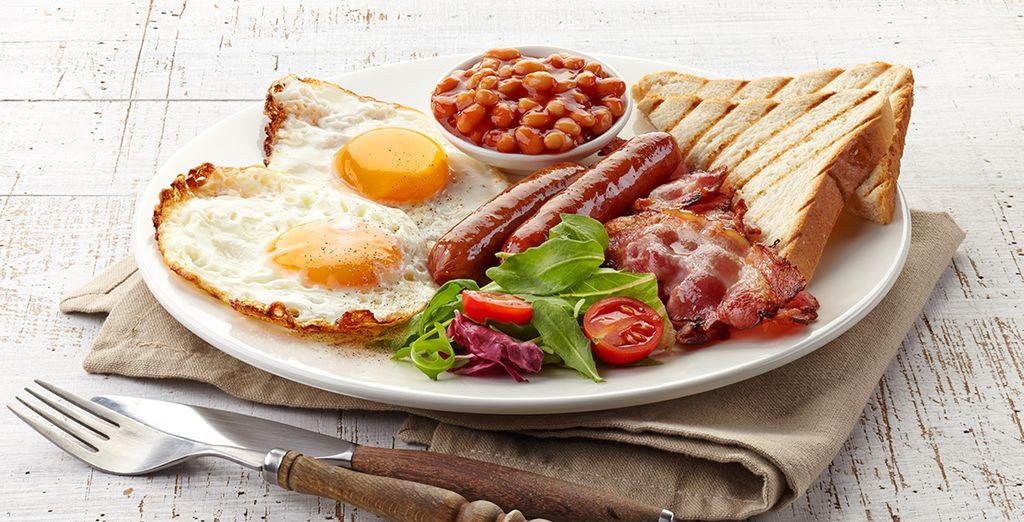 Goûtez le célèbre breakfast à l'aanglaise