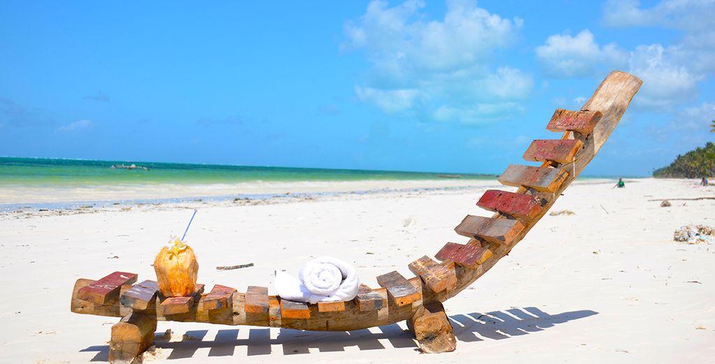 Au bord de la magnifique plage de Bweju