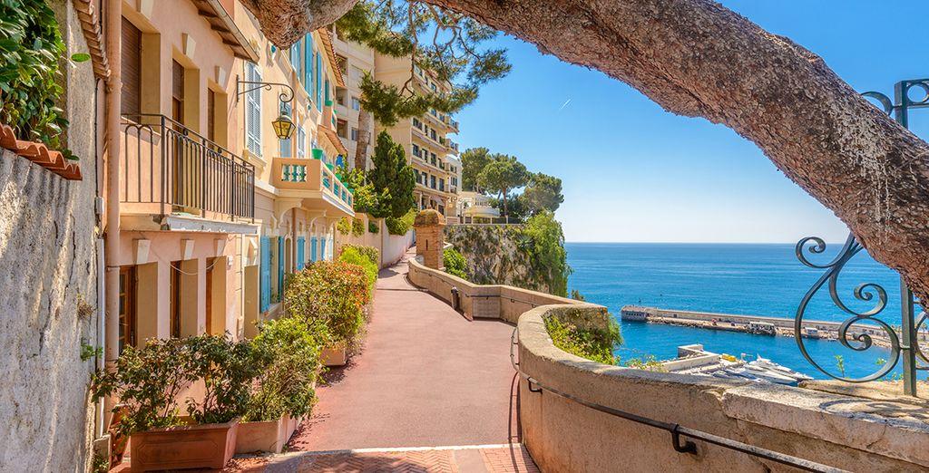 La vieille ville de Nice et ses marchés locaux