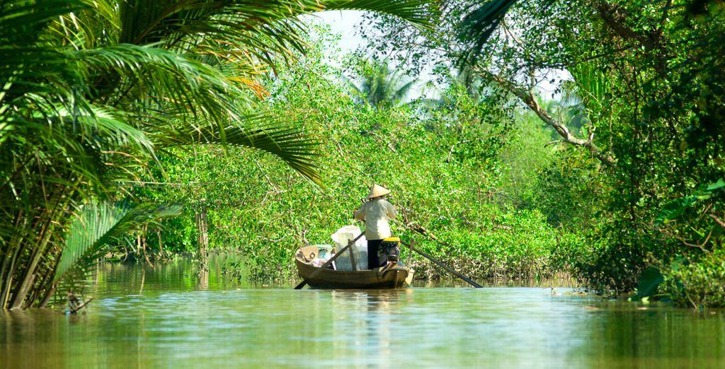 Et terminerez votre séjour par une balade en bateau sur le delta du Mékong