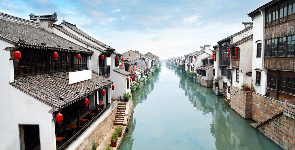 Votre périple débutera à Wuzhen, petit village traditionnel