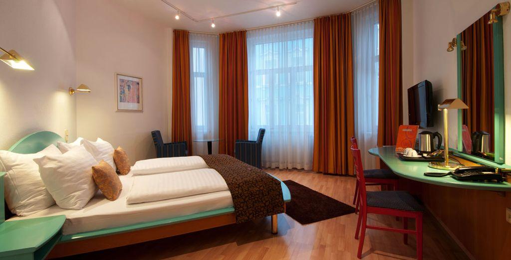 Après une nuit tout confort dans votre spacieuse chambre standard
