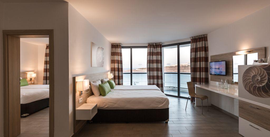 Hôtel haut de gamme quatre étoiles avec vue panoramique sur la mer méditerranée
