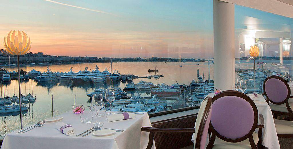 Expérience culinaire et raffinée vous attendent au restaurant 360°