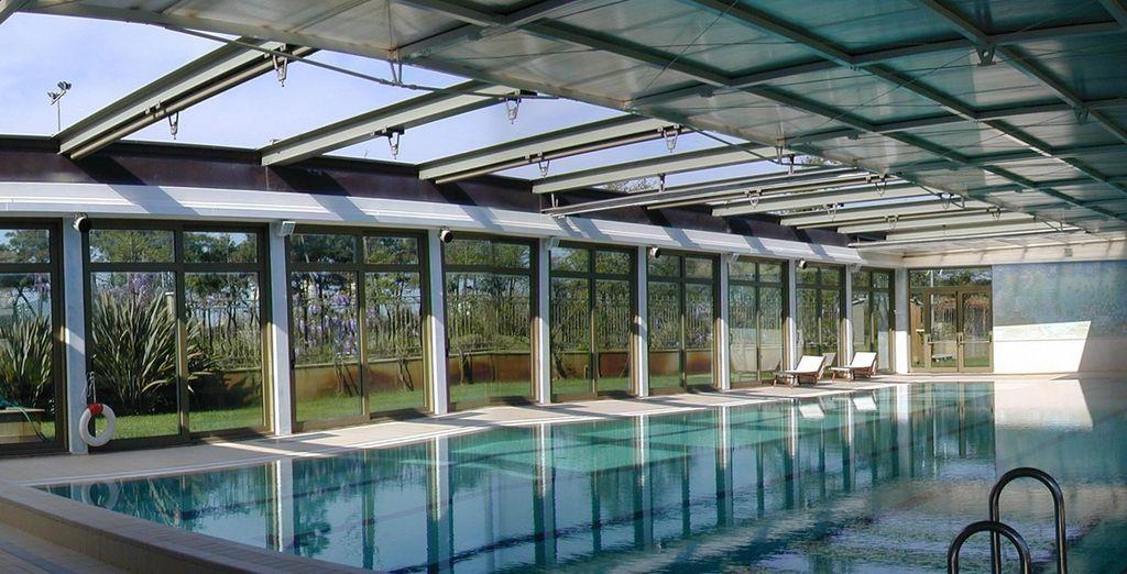 Ainsi qu'à la piscine intérieure...