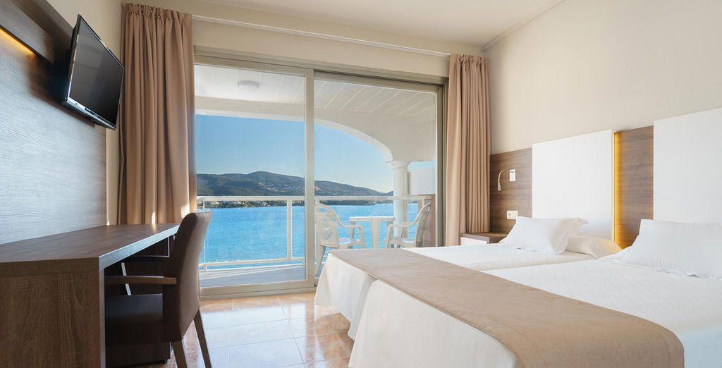 Prélassez-vous dans votre chambre cosy avec vue sur la mer
