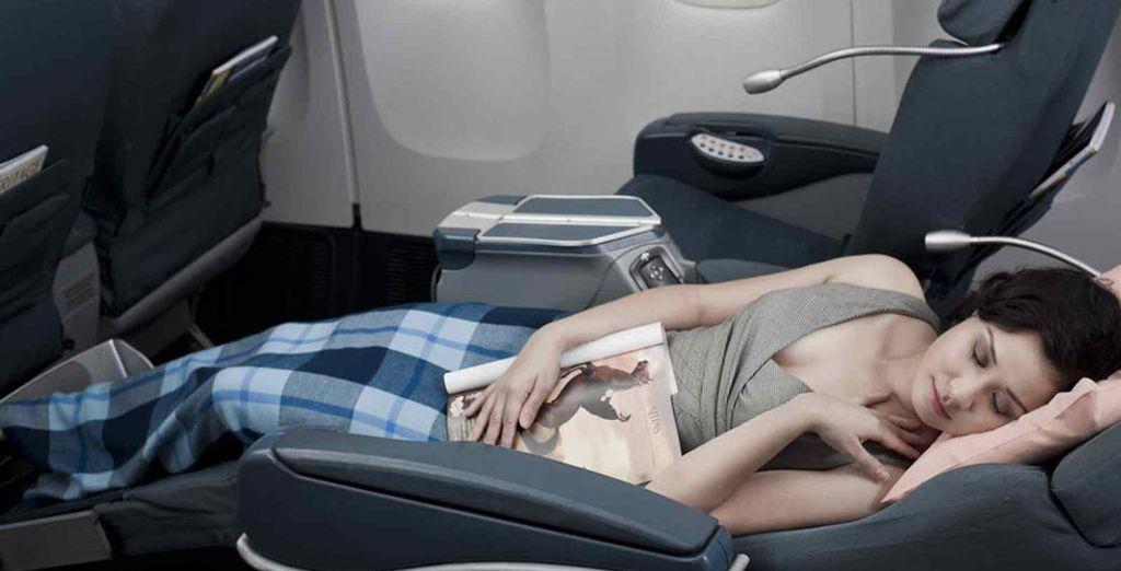 En classe Affaires, votre vol sera placé sous le signe du confort...