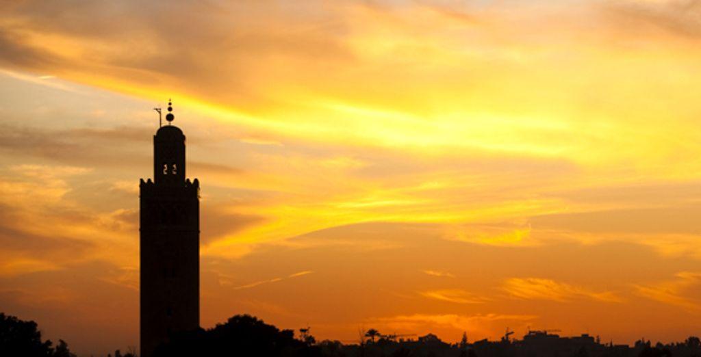 Un coucher de soleil sur la mosquée de Marrakech