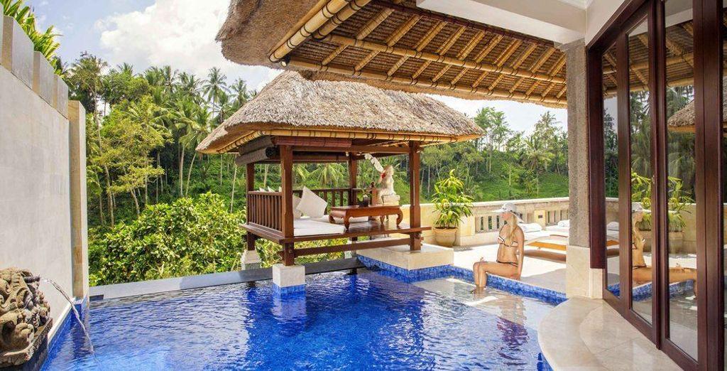 Donnant sur les paysages spectaculaires d'Ubud, la Villa Terrasse vous invite à l'évasion