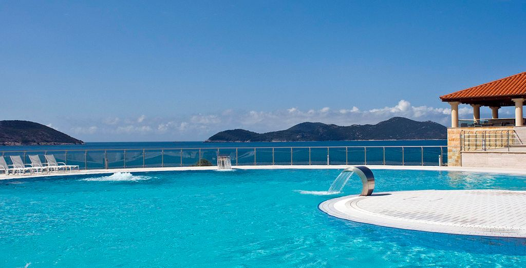 Laissez-vous éblouir par le dégradé de bleu qui s'offre à vous - Radisson Blu Resort & Spa Dubrovnik Sun gardens 5* Dubrovnik