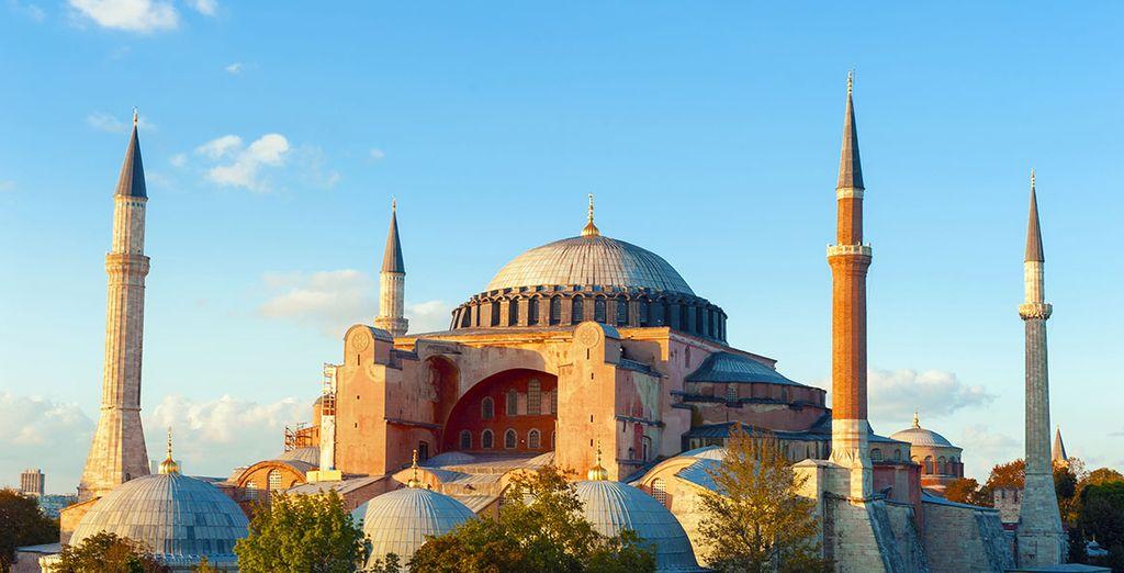 e non mancate di visitare la Basilica di Santa Sofia.