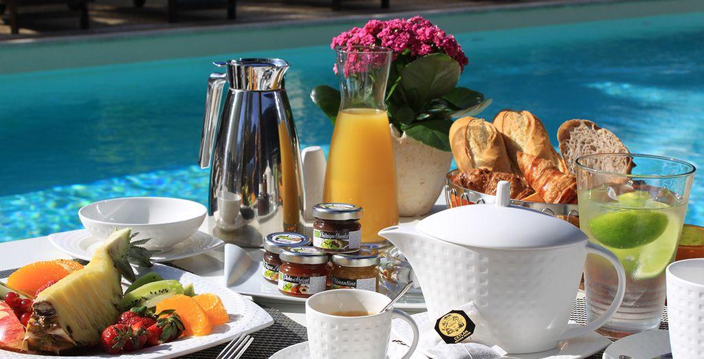 E gusterete una ricca colazione