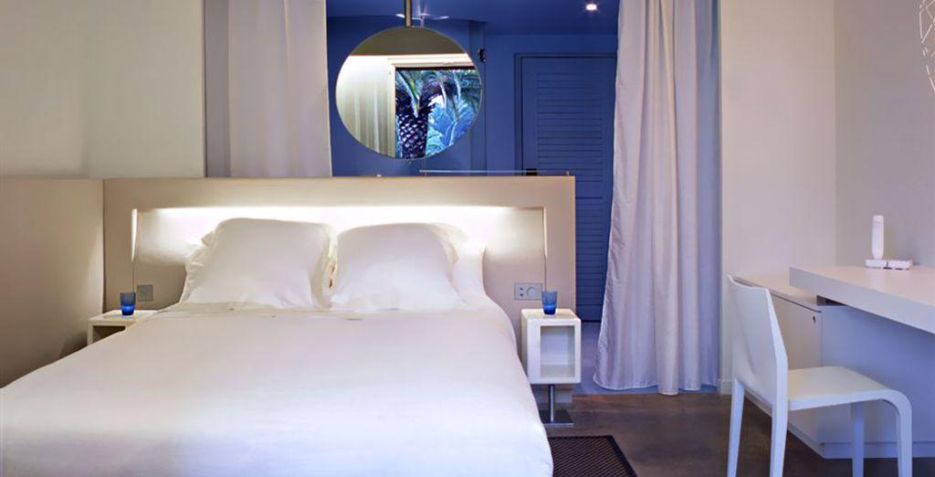 oppure una camera Superior, che si apre su un balcone o una terrazza.