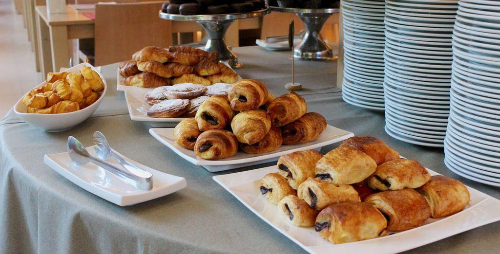 iniziate la giornata al buffet della colazione