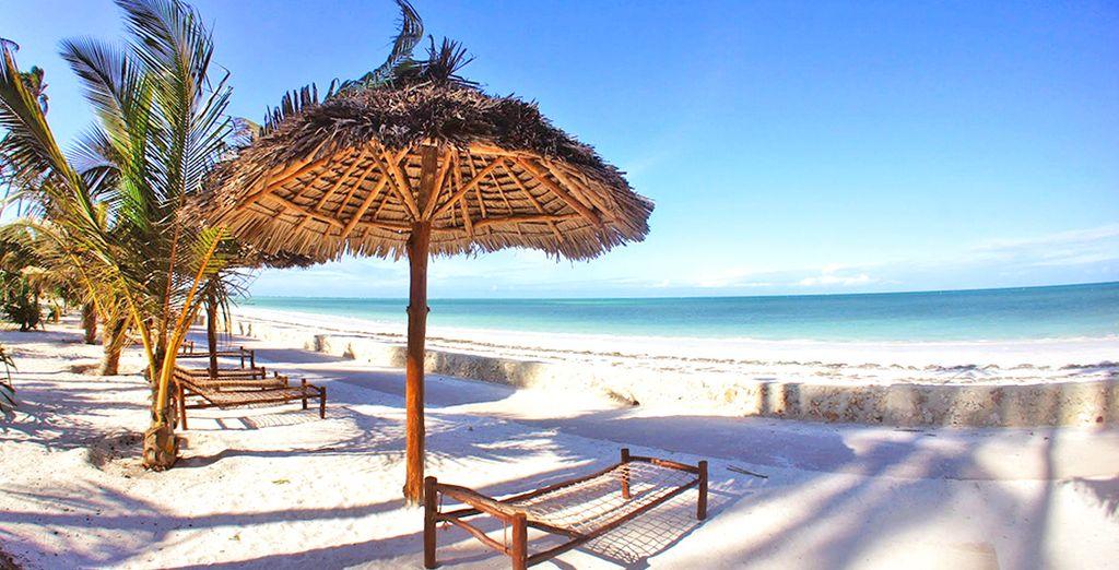 Benvenuti su una bianca spiaggia di Zanzibar