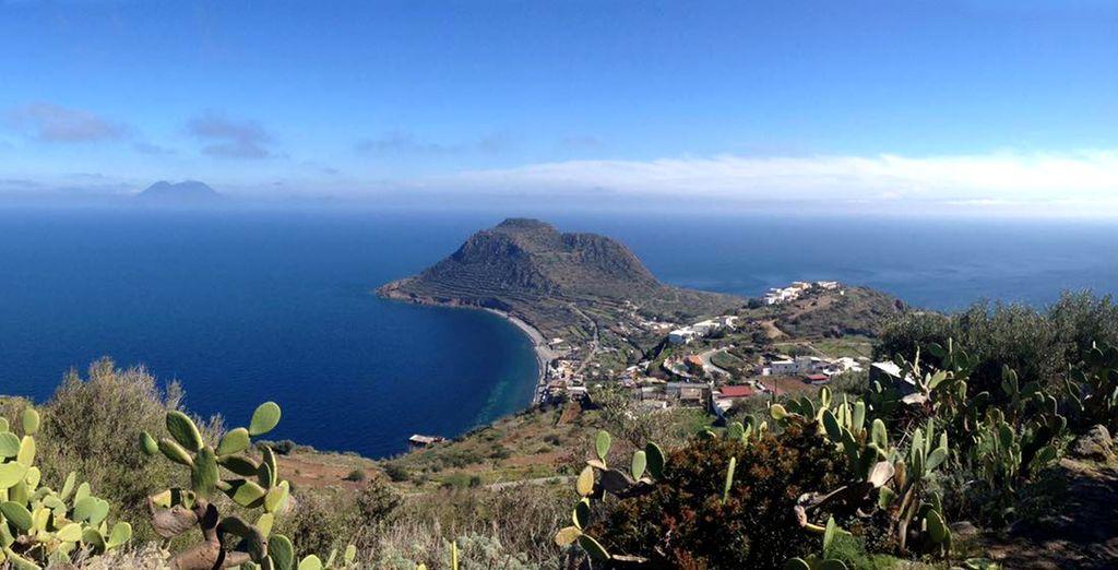 La Sicilia vi attende con la splendida Lipari