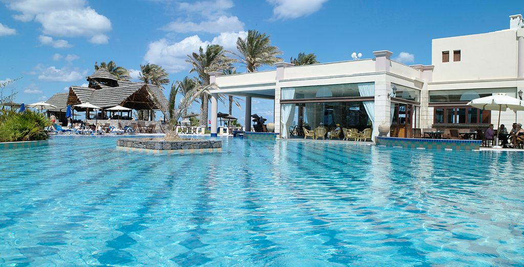 Benvenuti a Minos Imperial Luxury Beach & Spa