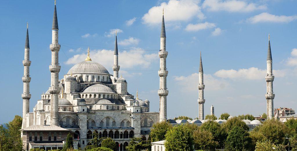I 6 minareti della Moschea Blu