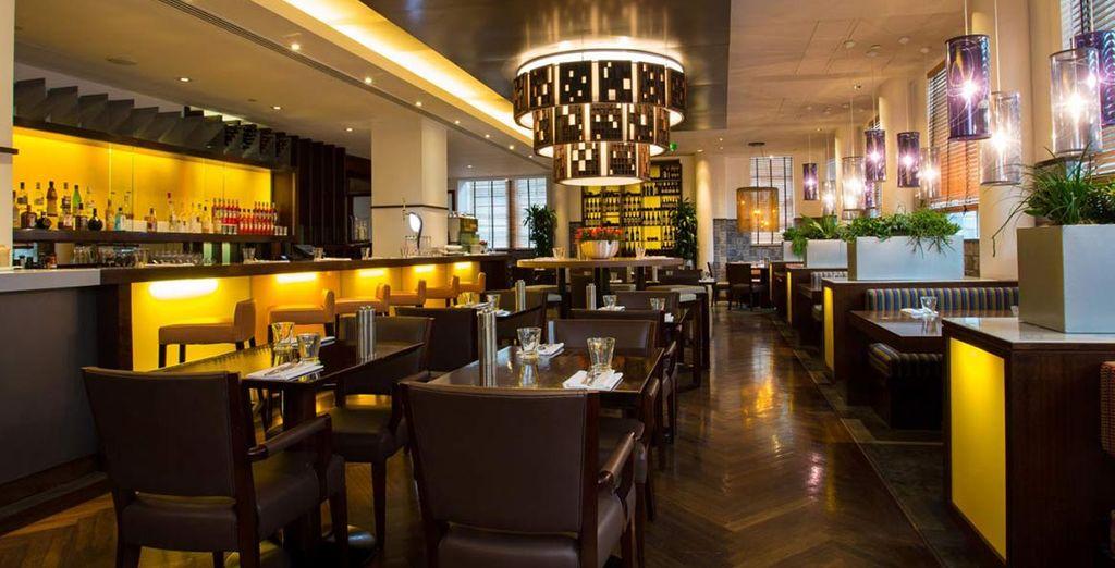 Gustate le pietanze offerte dal ristorante dell'hotel