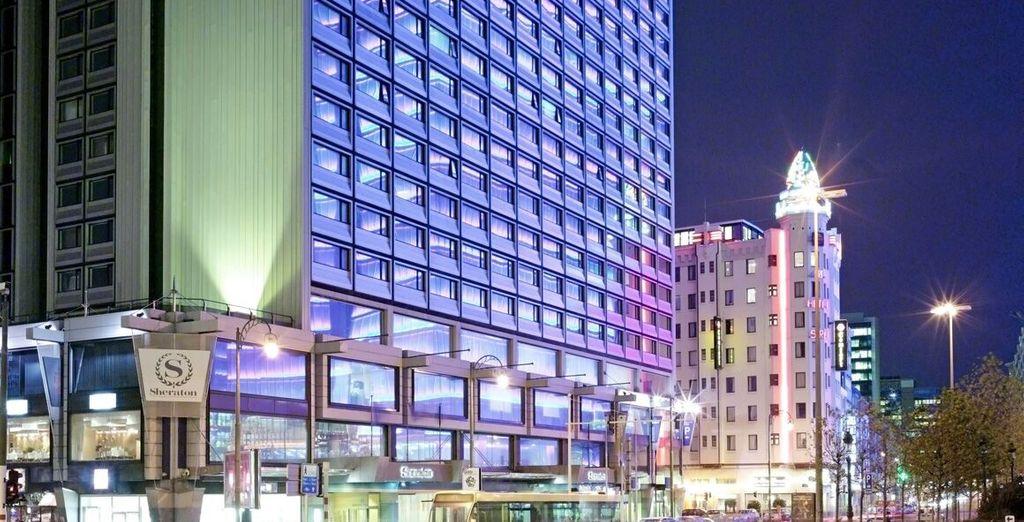 Soggiornerete presso lo Sheraton Bruxelles, hotel raffinato e contemporaneo nel cuore della città