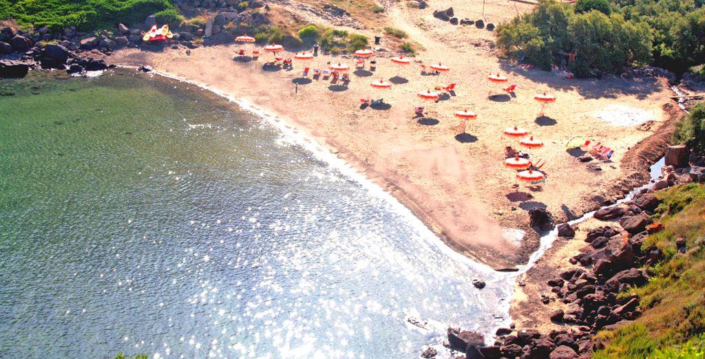 Castelsardo vi accoglie con le sue bellissime spiagge