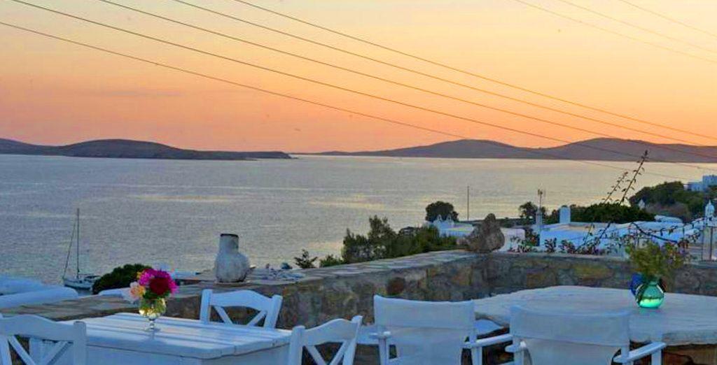 E godere dei magici tramonti dell'isola.