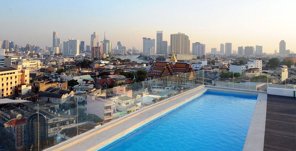Infine viste magiche sullo skyline di Bangkok vi sorprenderanno