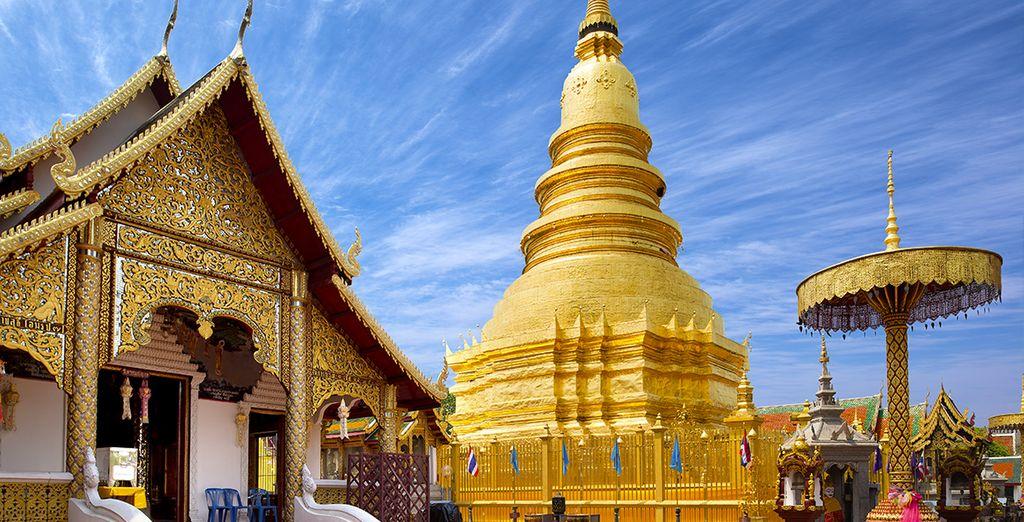 Ammirerete lo sfarzo del Wat Phra That Doi Suthep a Lamphun, uno dei templi più venerati del Paese