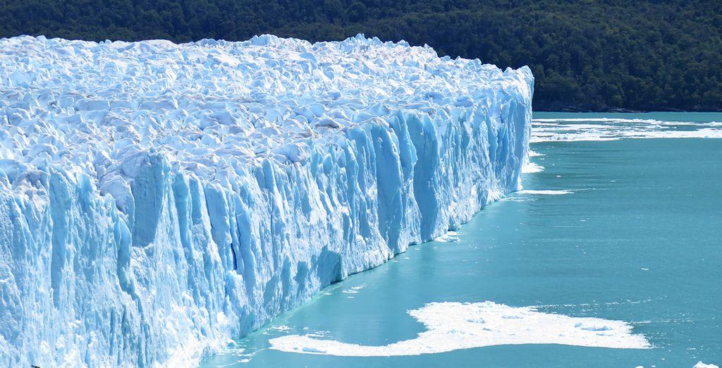 Uno dei ghiacciai più importanti al mondo che regala scenari mozzafiato.
