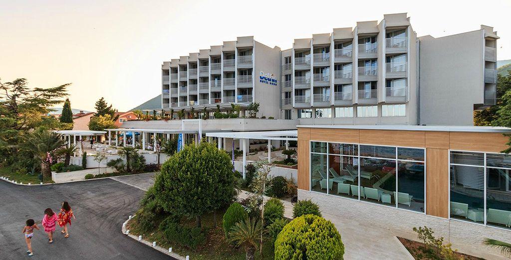 L'Hotel Delfin Bijela 4* è lieto di accogliervi