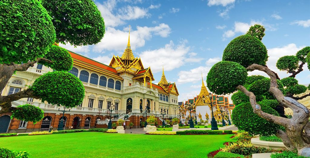 In opzione potrete scegliere di trascorrere mezza giornata alla scoperta del Palazzo Reale