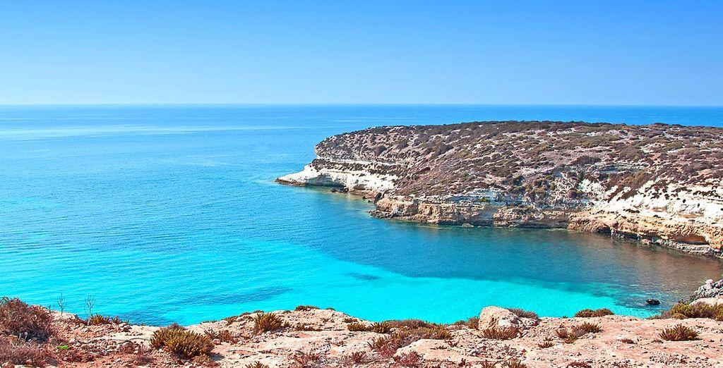 Il mare cristallino di Lampedusa vi attende!