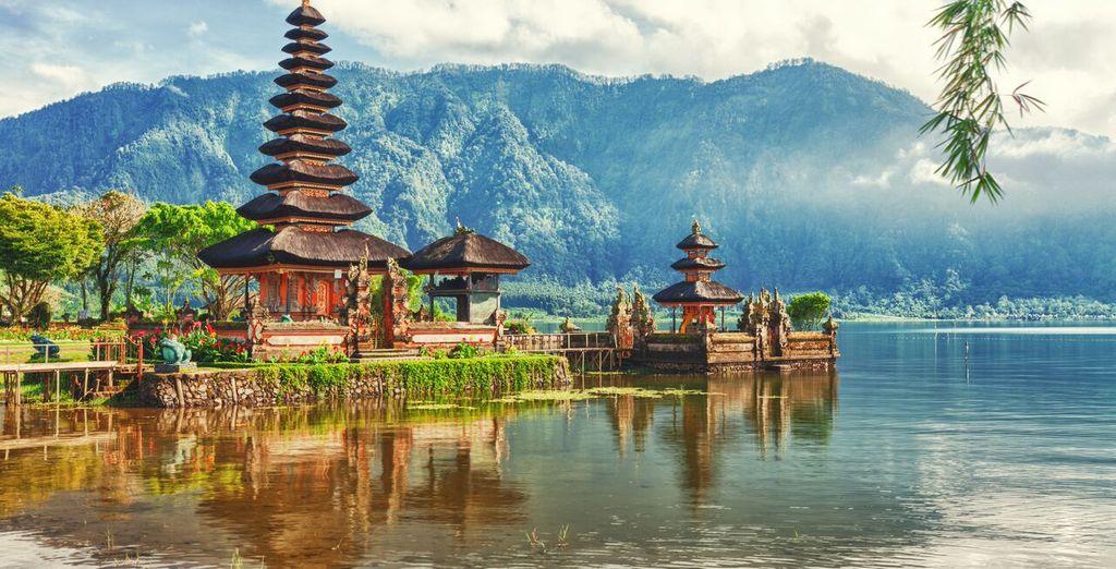 Vi sposterete a Bali, l'Isola degli Dei