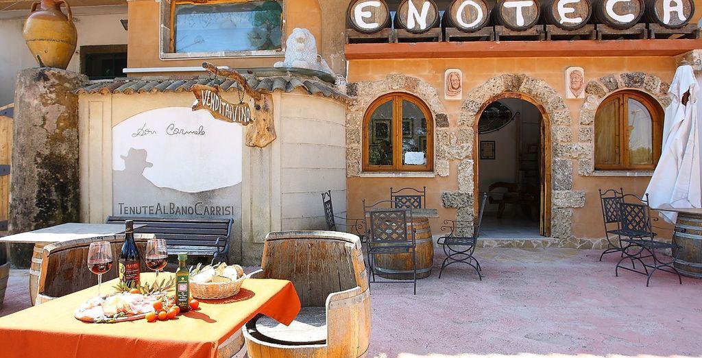Il Ristorante Don Carmelo vi attende con i suoi gustosi piatti locali