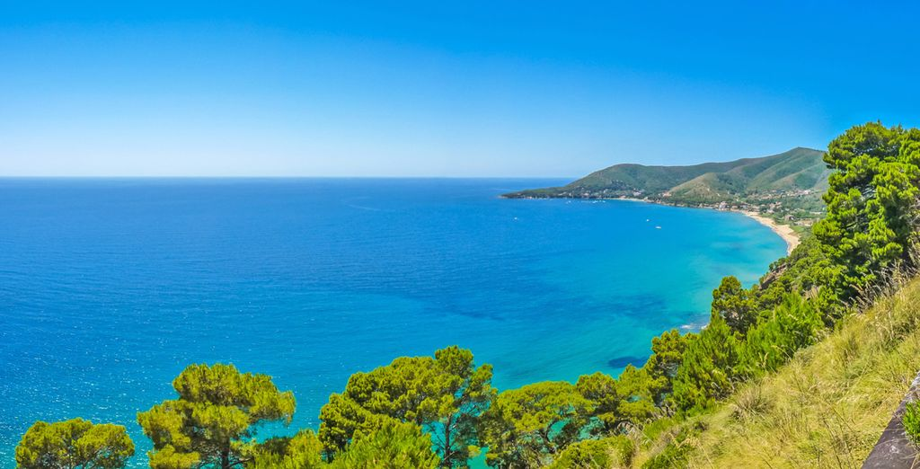 Vi attende un soggiorno in un dei più bei paradisi naturali del Mediterraneo