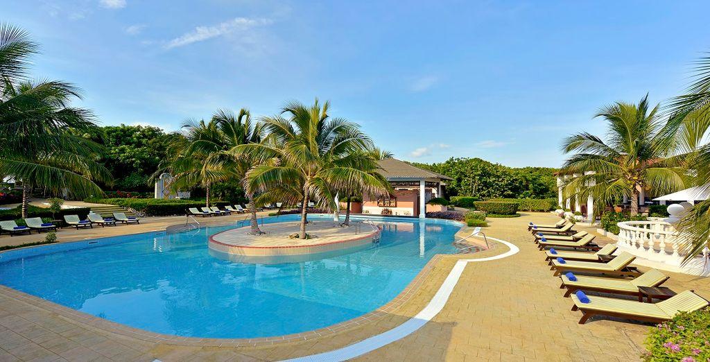 Rilassatevi nella meravigliosa piscina