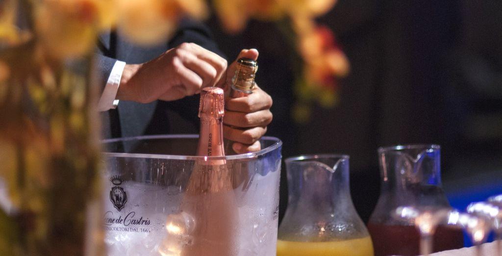 Lasciatevi travolgere dai sapori autentici dei prestigiosi vini della cantina Leone de Castris
