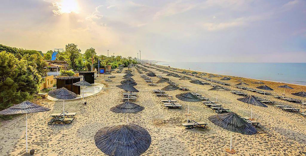Partite alla scoperta di Antalya, splendida città di mare dalle spiagge di sabbia bianca finissima