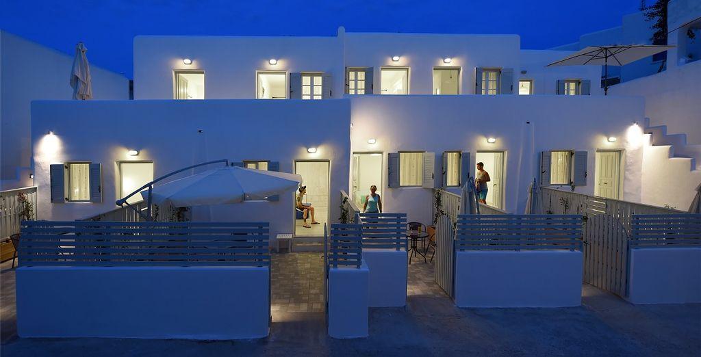 e godetevi le notti di Paros